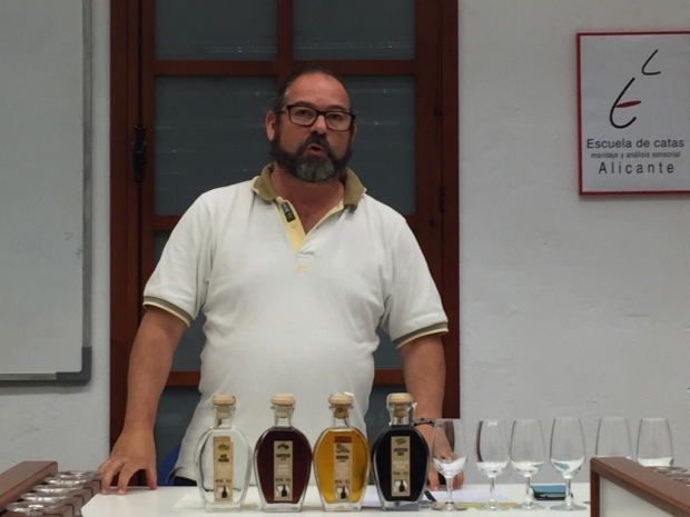 I Fireta de Bebidas Espirituosas de la Provincia de Alicante (c) elviraalmodovar_IMG_7481_1024.jpg
